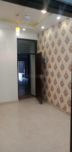 Gallery Cover Image of 650 Sq.ft 1 BHK Independent Floor for rent in Builders NK 2, Niti Khand for 9000