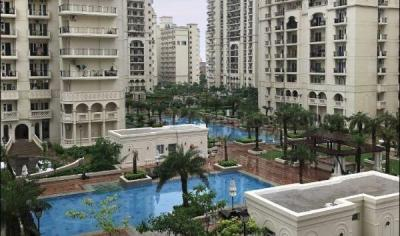 Gallery Cover Image of 3450 Sq.ft 4 BHK Apartment for buy in DLF Capital Greens, Karampura for 55150000
