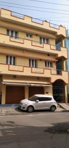 Gallery Cover Image of 3000 Sq.ft 6 BHK Independent House for buy in Deepanjali Nagar for 16000000
