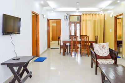 Gallery Cover Image of 2000 Sq.ft 3 BHK Apartment for rent in Vasant Kunj for 66000