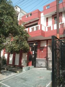 Gallery Cover Image of 6870 Sq.ft 4 BHK Independent House for rent in Sector 50 for 55000