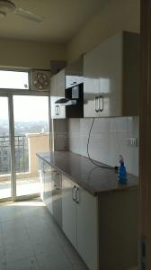 Gallery Cover Image of 1940 Sq.ft 3 BHK Apartment for rent in DLF Express Greens, Manesar for 15500