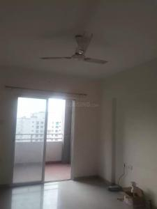 Gallery Cover Image of 775 Sq.ft 1 BHK Apartment for rent in Mundhwa for 15000