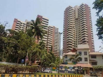 Gallery Cover Image of 1850 Sq.ft 4 BHK Apartment for buy in Andheri West for 59000000