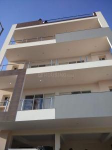 पीजी 4271128 डीएलएफ़ फेज 1 इन डीएलएफ़ फेज 1 के बिल्डिंग की तस्वीर
