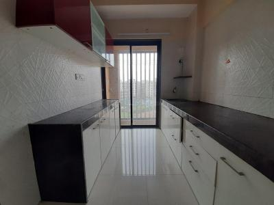 Gallery Cover Image of 690 Sq.ft 1 BHK Apartment for rent in Veena Dynasty by Veena Developers, Nalasopara East for 9500