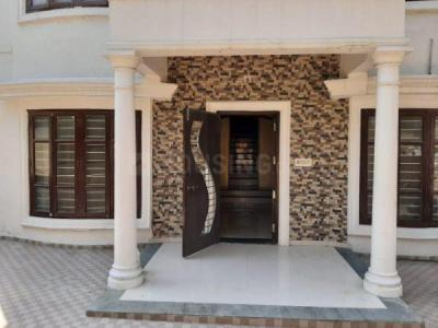Gallery Cover Image of 3015 Sq.ft 4 BHK Independent House for buy in Prahlad Nagar for 35000000
