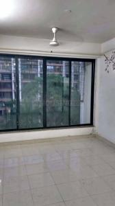 Gallery Cover Image of 537 Sq.ft 1 BHK Apartment for rent in Ekta Ekta Meadows, Kandivali West for 28000