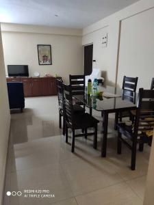 Gallery Cover Image of 1450 Sq.ft 3 BHK Independent House for rent in New Town for 27000
