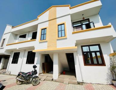 Gallery Cover Image of 900 Sq.ft 3 BHK Independent House for buy in Pristine Homes, Noida Extension for 2750000