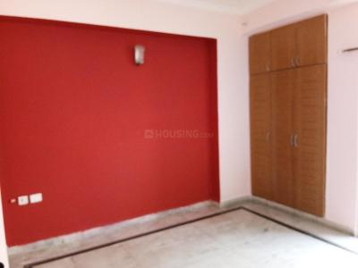 Gallery Cover Image of 1420 Sq.ft 3 BHK Apartment for rent in Vaibhav Khand for 16000