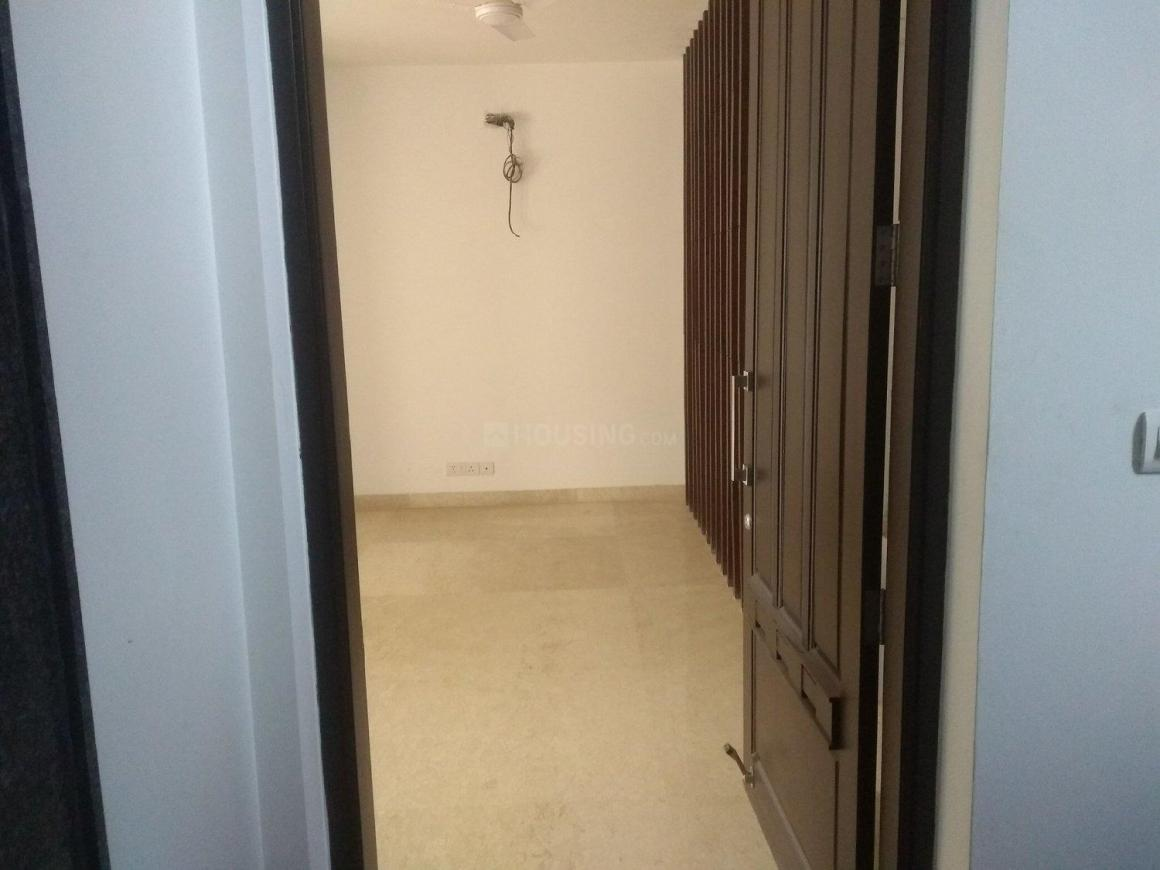 Main Entrance Image of 2430 Sq.ft 3 BHK Independent Floor for buy in DLF Phase 1 for 23000000