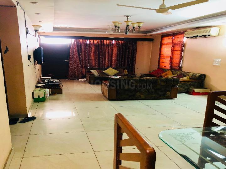 Living Room Image of 2100 Sq.ft 4 BHK Apartment for rent in DLF Phase 3 for 38000