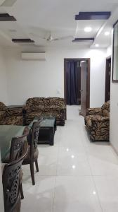 Gallery Cover Image of 1400 Sq.ft 3 BHK Independent Floor for rent in PT and DD Block RWA Kalkaji, Kalkaji for 50000