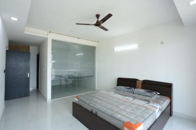 Gallery Cover Image of 1673 Sq.ft 3 BHK Apartment for buy in Tellapur for 8195642