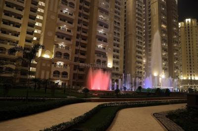 Gallery Cover Image of 1735 Sq.ft 3 BHK Apartment for rent in Chi V Greater Noida for 16000