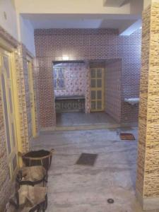 Gallery Cover Image of 650 Sq.ft 2 BHK Independent House for rent in Agarpara for 12000