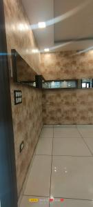 Gallery Cover Image of 890 Sq.ft 2 BHK Independent Floor for buy in Lado Sarai for 5150000