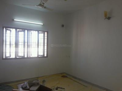 Gallery Cover Image of 1500 Sq.ft 3 BHK Apartment for rent in Adyar for 45000