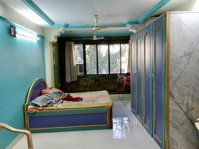 Gallery Cover Image of 900 Sq.ft 2 BHK Apartment for buy in Thane West for 10500000