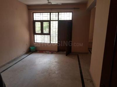 Gallery Cover Image of 1500 Sq.ft 3 BHK Apartment for rent in Sector 10A for 22500