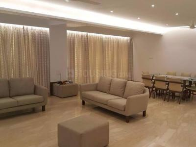 Gallery Cover Image of 2300 Sq.ft 4 BHK Apartment for rent in Ghatkopar West for 175000