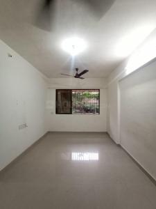 Gallery Cover Image of 640 Sq.ft 2 BHK Apartment for buy in Borivali West for 13500000