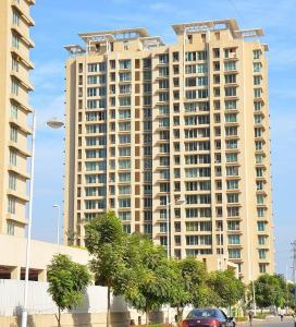 Gallery Cover Image of 1007 Sq.ft 2 BHK Apartment for buy in Thane West for 12800000