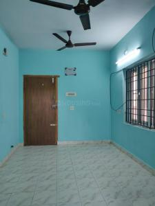 Gallery Cover Image of 519 Sq.ft 1 RK Apartment for rent in TNHB LIG Flats, Sholinganallur for 10000