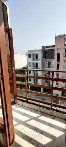 Gallery Cover Image of 350 Sq.ft 1 RK Apartment for rent in Vasant Kunj for 10000