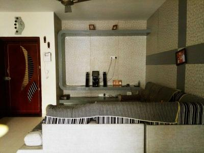 Gallery Cover Image of 1672 Sq.ft 3 BHK Apartment for rent in Sithalapakkam for 20000