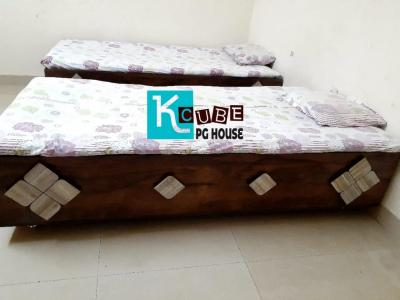 Bedroom Image of Kcube PG House in Thaltej