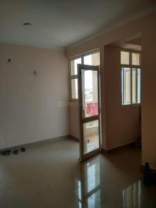 Gallery Cover Image of 890 Sq.ft 2 BHK Apartment for buy in Noida Extension for 3000000