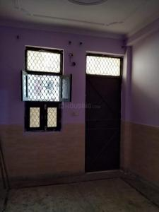 Gallery Cover Image of 405 Sq.ft 1 BHK Independent Floor for rent in Razapur Khurd for 8000