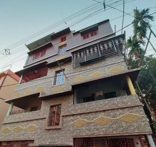 Gallery Cover Image of 900 Sq.ft 2 BHK Independent Floor for rent in Paschim Putiary for 10000