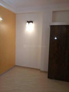 Gallery Cover Image of 450 Sq.ft 1 BHK Apartment for buy in DLF Ankur Vihar for 1975000