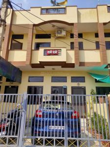 Gallery Cover Image of 1400 Sq.ft 5 BHK Independent House for buy in Jhotwara for 8200000