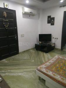 Gallery Cover Image of 950 Sq.ft 3 BHK Independent Floor for rent in Mahavir Enclave for 24000