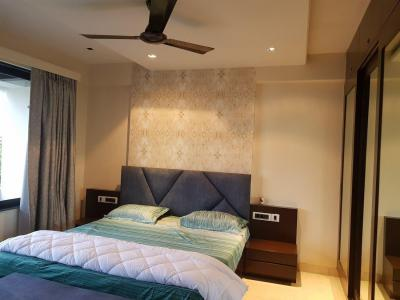 Gallery Cover Image of 2085 Sq.ft 3 BHK Apartment for rent in Bandra East for 200000