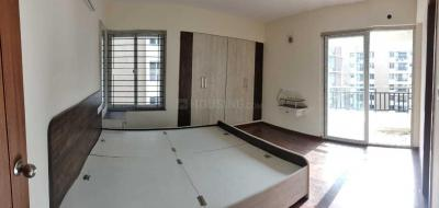 Gallery Cover Image of 1500 Sq.ft 3 BHK Apartment for rent in Iyyappanthangal for 30000