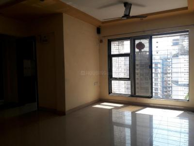 Gallery Cover Image of 960 Sq.ft 2 BHK Apartment for rent in RNA NG Suncity Phase III, Kandivali East for 28000