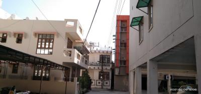 Gallery Cover Image of 2000 Sq.ft 3 BHK Apartment for buy in Balliwala for 7500000