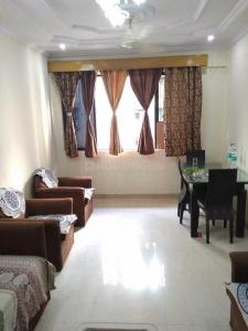 Gallery Cover Image of 1650 Sq.ft 3 BHK Apartment for buy in Goregaon West for 35000000