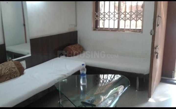 बेगुमपुर में कुमार पीजी के लिविंग रूम की तस्वीर