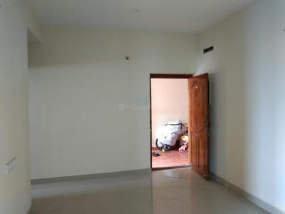 Gallery Cover Image of 767 Sq.ft 2 BHK Apartment for buy in Pallikaranai for 3604995