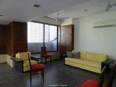 Gallery Cover Image of 1210 Sq.ft 3 BHK Apartment for buy in Wadala East for 35500000