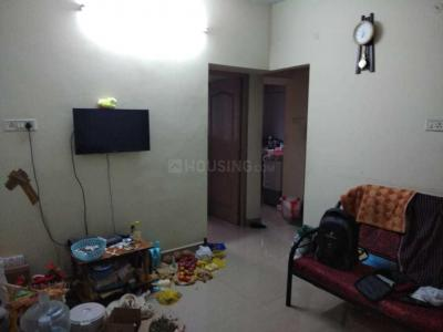 Gallery Cover Image of 600 Sq.ft 2 BHK Apartment for rent in Kundrathur for 7000