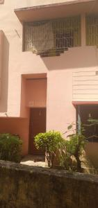 Gallery Cover Image of 600 Sq.ft 2 BHK Independent Floor for rent in Thakurpukur for 8000