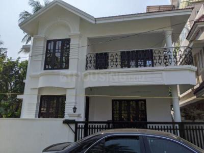 Gallery Cover Image of 1700 Sq.ft 3 BHK Independent House for rent in Edappally for 20000