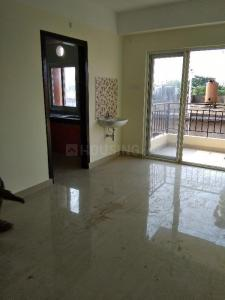 Gallery Cover Image of 1392 Sq.ft 3 BHK Apartment for buy in Six Mile for 5600000